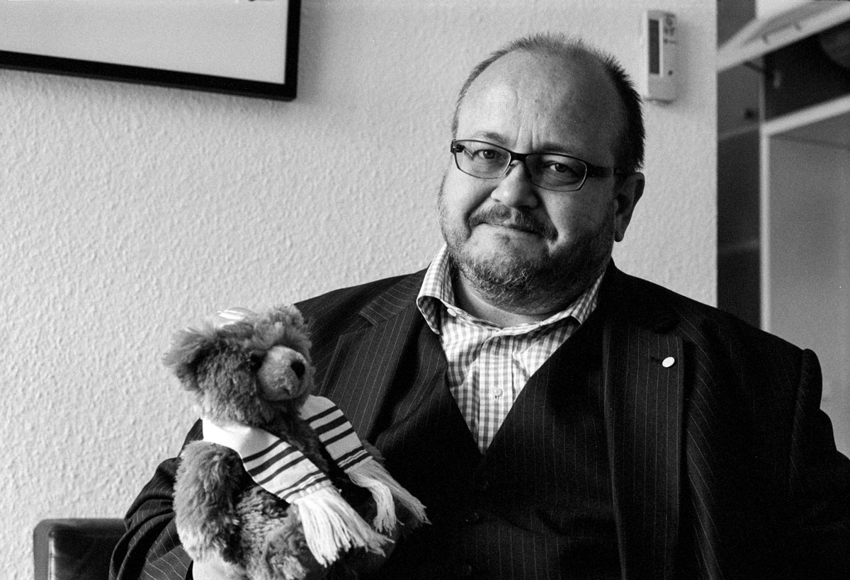 Seit 1990 führt Nils Busch-Petersen die Geschäfte des Handelsverbandes und vertritt die Interessen von über 1.000 Unternehmen in Berlin und Brandenburg.
