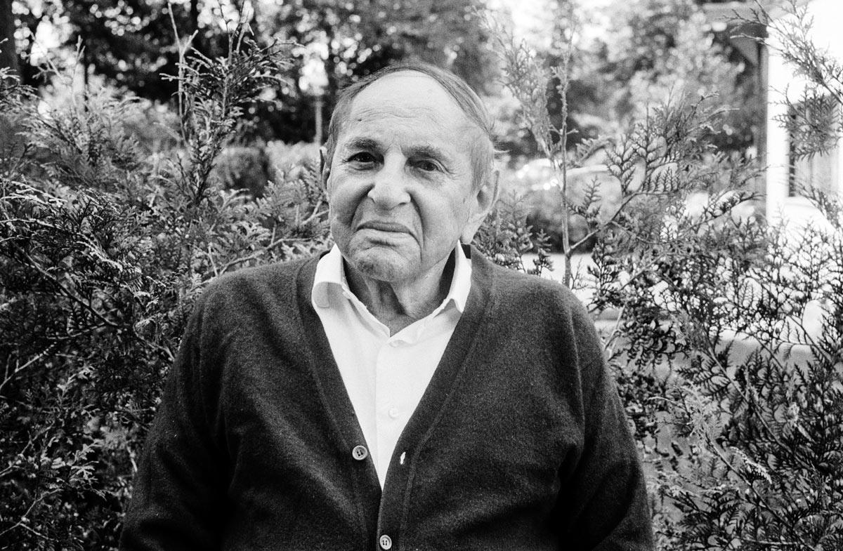 Wolf Brauner ist der Vater von Sharon Brauner und wurde 1923 im polnischen Łodz geboren.